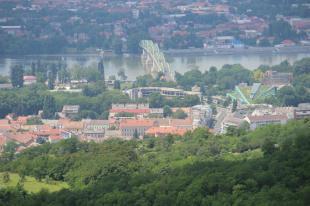 Hídváros